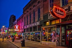 Sports Betting in Arkansas Recovers in August
